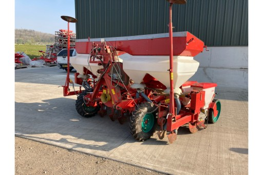 Kverneland 8-Row Optima Drill