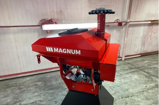 Magnum Seeder